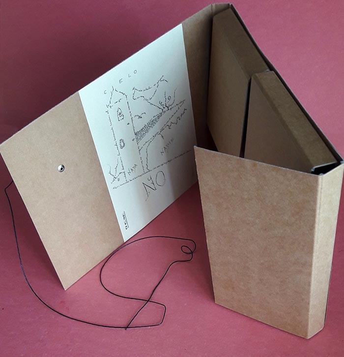 Libro_Tras el cercado_Port